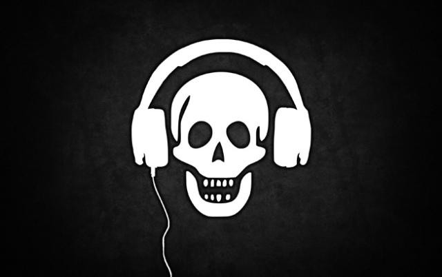 music-pirate110325191112