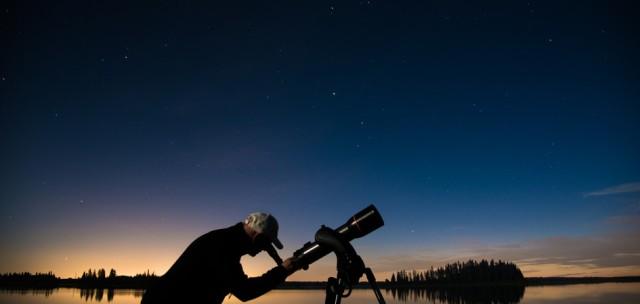 b2fb849fb6b19d87f42e9ab91bb564016b435314_explore-edmonton-elk-island-park-stars