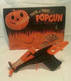 cc5704aef72bbea7ff29a82e2014ee98--halloween-trick-or-treat-vintage-halloween